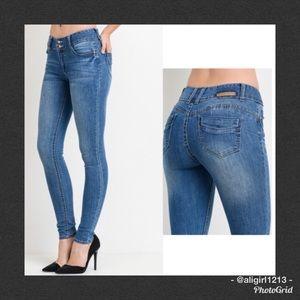 Denim - SALE - Push Up Skinny Jeans